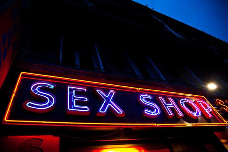 Особенности выбора игрушек для секса