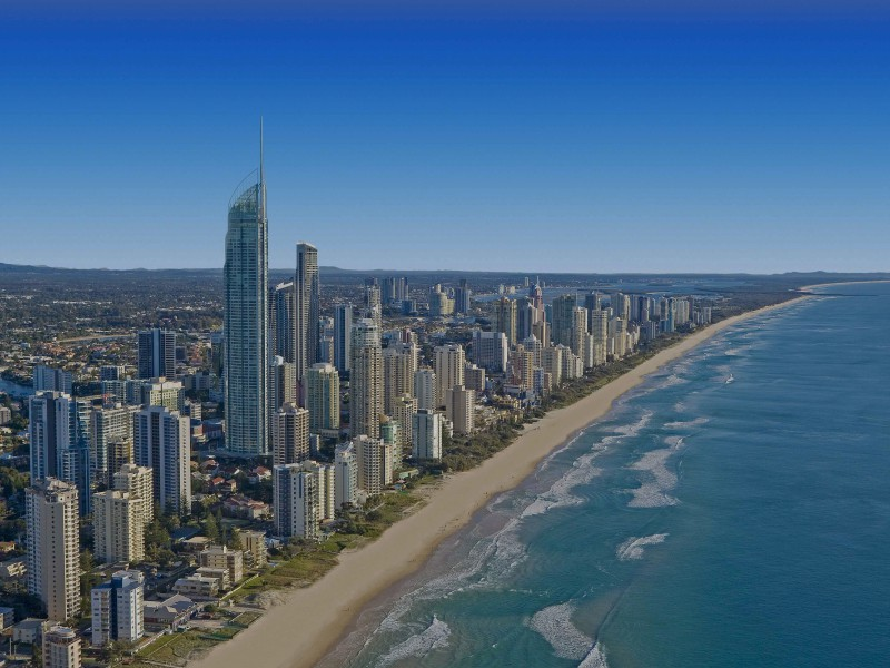 Beach Cityscapes Sea Australia Gold Coast 600x800 Австралия – страна наоборот