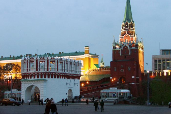 Экскурсии в Кремль от компании www.excursia.ru